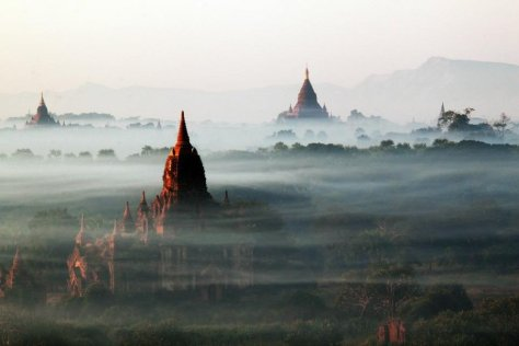 beautiful-buildings-peek-out-from-the-mist-in-bagan-myanmar