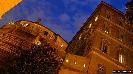 Men held over Vatican Bank 'three trillion euro bond fraud'
