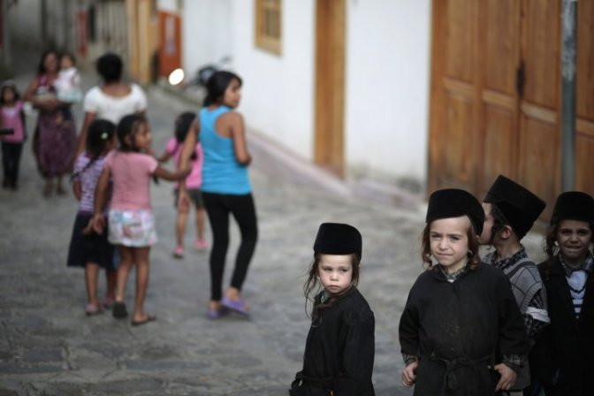 Jewish Lev Tahor Sect 'Forced From' Guatemalan Village