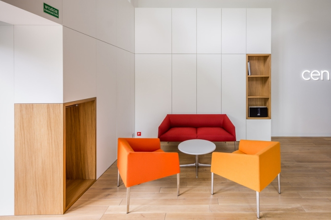 Exexe Completes Centor HQ And Showroom In Warsaw