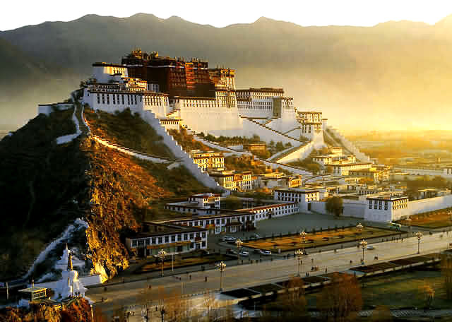 Story of the Potala: World's Highest Palace in Tibet
