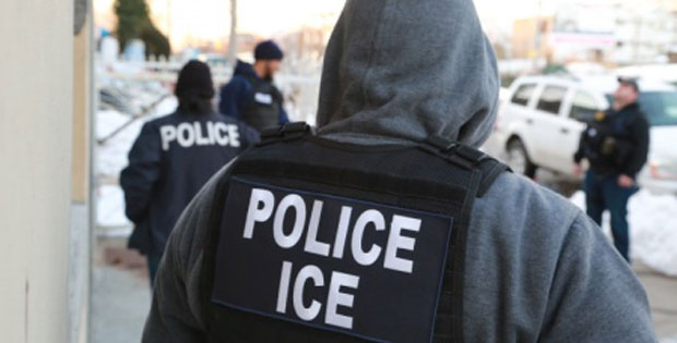Feds: ICE Agent Smuggled Organized Crime Worker Into US