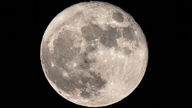 China and Europe discuss plans for first human outpost on the moon