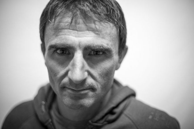 'Swiss Machine' Ueli Steck killed in Mt Everest accident