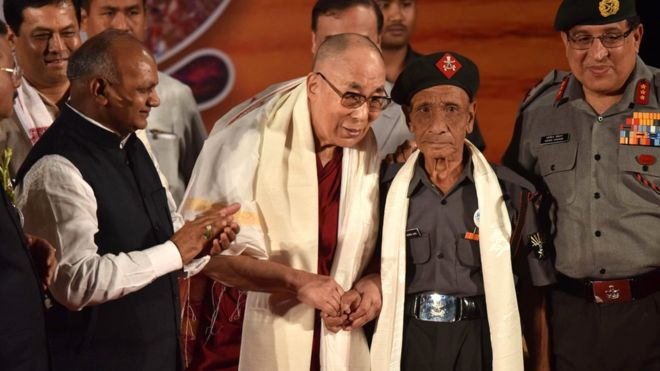 Dalai Lama meets Indian guard from 1959 flight from Tibet