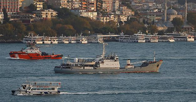 Russian warship sinks after collision off Istanbul coast, all soldiers rescued