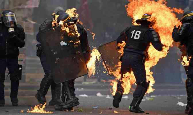 May Day in France: six police injured as violent group hijacks Paris march