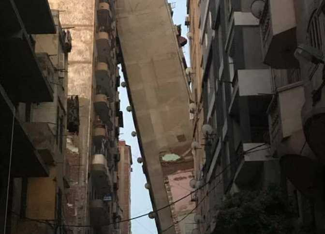 Egypt evacuates toppling 13-floor building in Alexandria
