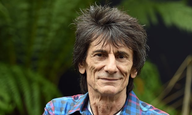 Ronnie Wood rejected chemotherapy for lung cancer: 'This hair wasn't going anywhere'