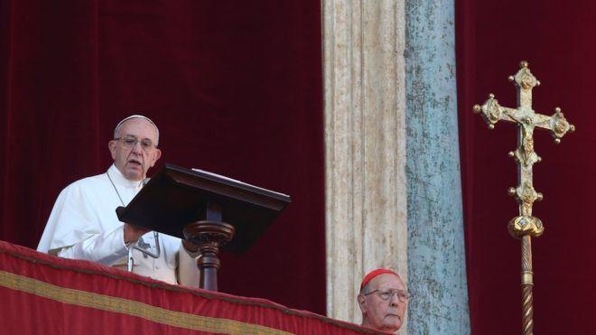 Urbi et Orbi: Pope calls for 'peace for Jerusalem'
