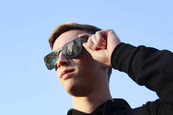 These sunglasses record video like Spectacles but can post straight to Facebook, YouTube, and Instagram