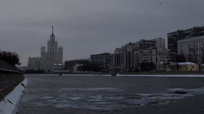 How to survive in Moscow without sunshine