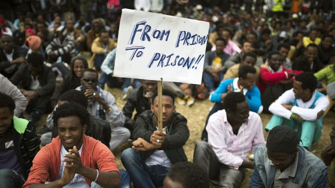 Israel wants African migrants out so badly, it's offering $3,500 to each—or prison