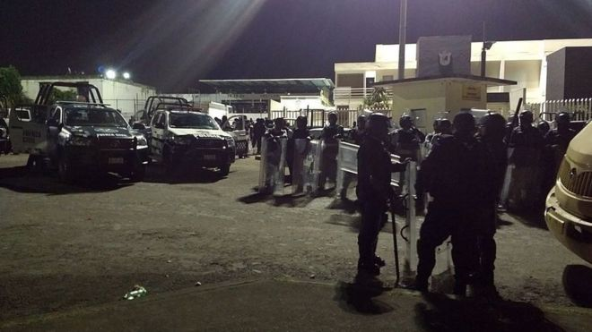 Mexico: Seven police officers die in Veracruz prison riot